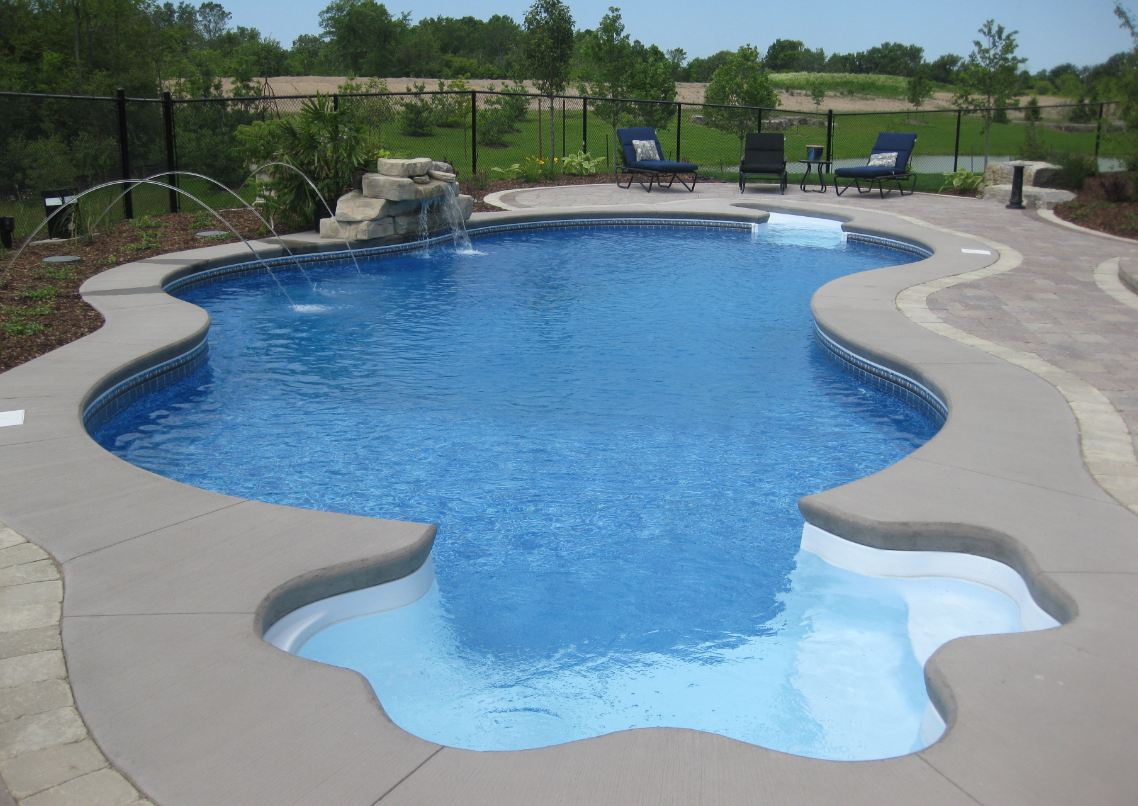 Vinyl Pools | Custom Shape