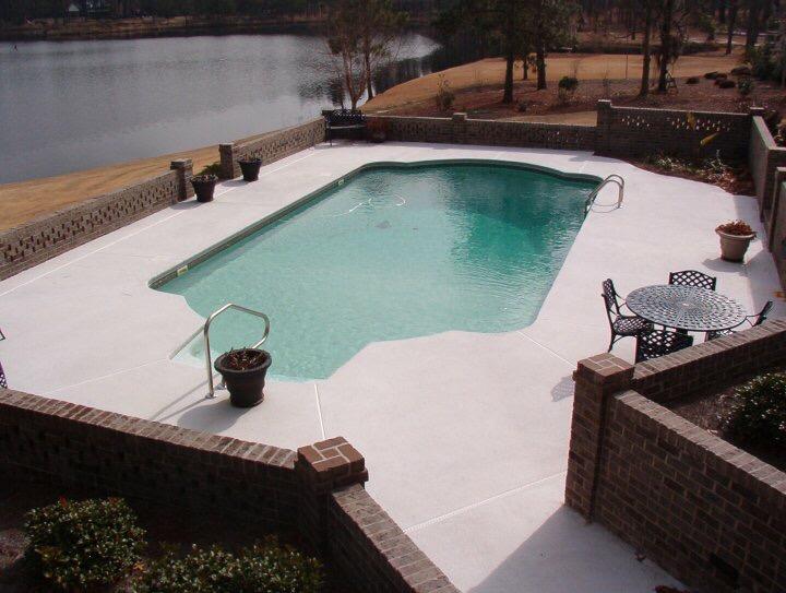 Vinyl Liner Pool | Custom Pool Builder | Statesboro, Georgia | Thompson Pools