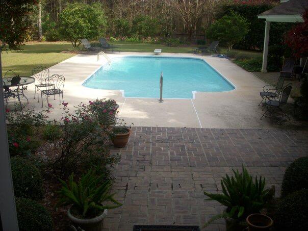 Vinyl Liner Pool | Custom Pool Builder | Outdoor Living | Statesboro, Ga | Thompson Pools