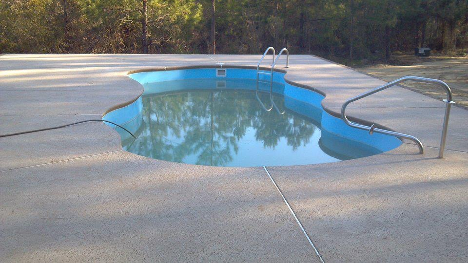 Fiberglass Pools | Thompson Pools
