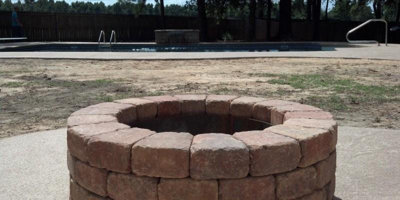 Outdoor Living | Firepit | Statesboro, Ga | Thompson Pools