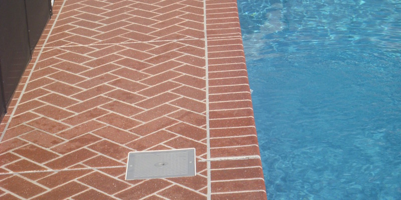 Simulated Brick Pool Deck| Custom Patio| Custom Pool Builder| Outdoor Living| Statesboro, Georgia| Thompson Pools