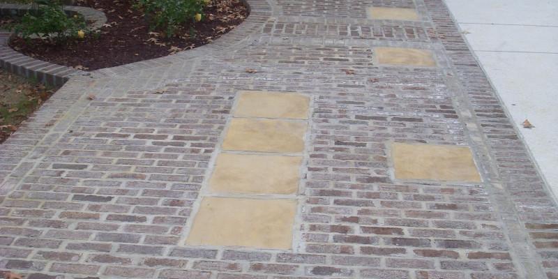 Outdoor Living| Custom Patio| Brick Walkway| Statesboro, Georgia| Thompson Pools