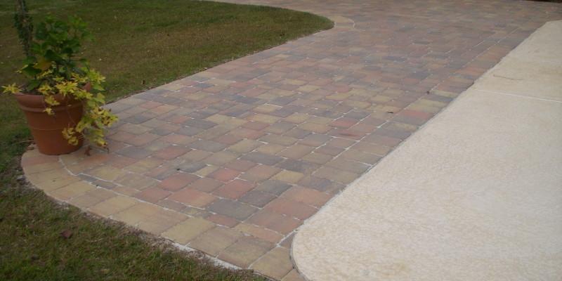 Paver Walkway| Outdoor Living| Custom Patio| Statesboro, Georgia| Thompson Pools