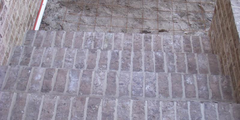 Brick Steps| Outdoor Living| Custom Patio Construction| Custom Patio| Statesboro, Georgia| Thompson Pools