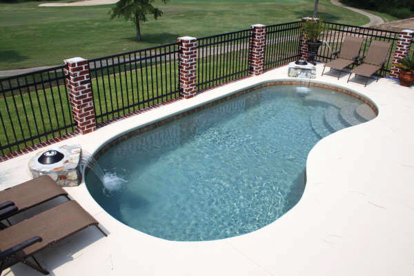 Fiberglass Pool Builder | Statesboro, Georgia | Thompson Pools