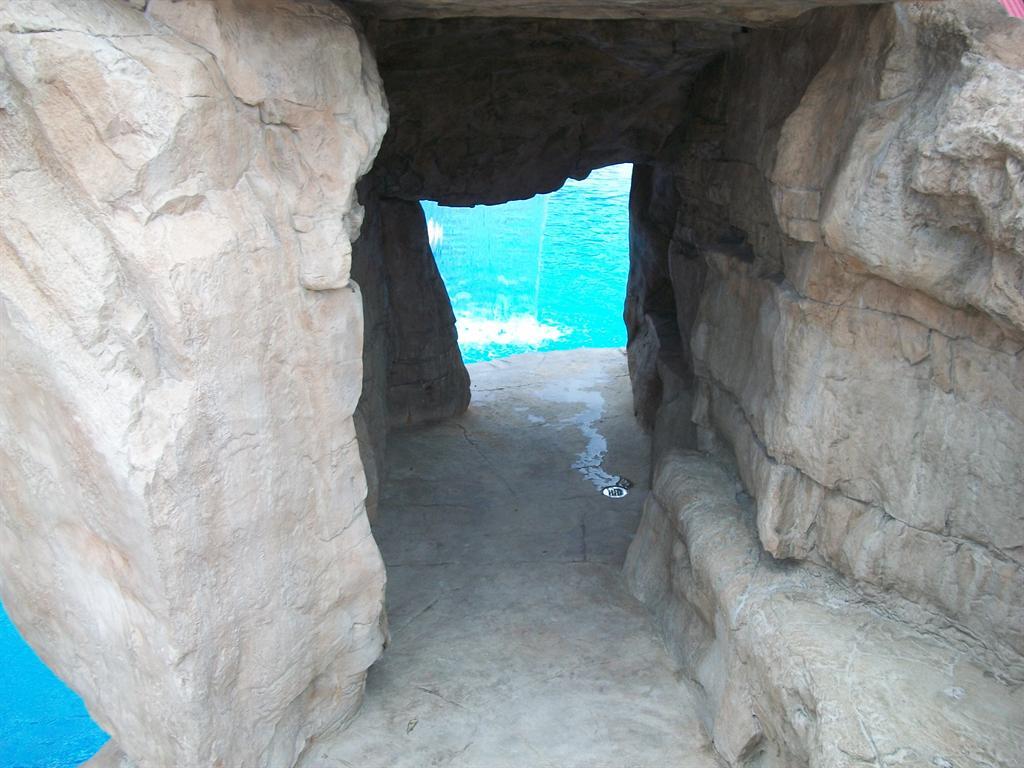 cave9