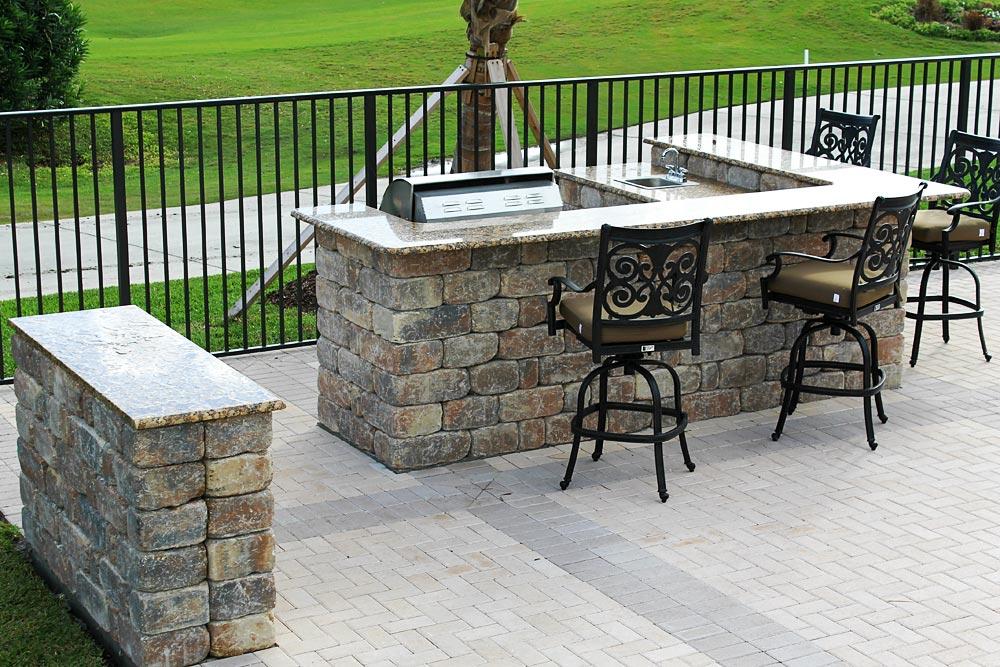 Outdoor Living | Outdoor Kitchen | Patio| Grill| Statesboro, Georgia | Thompson Pools