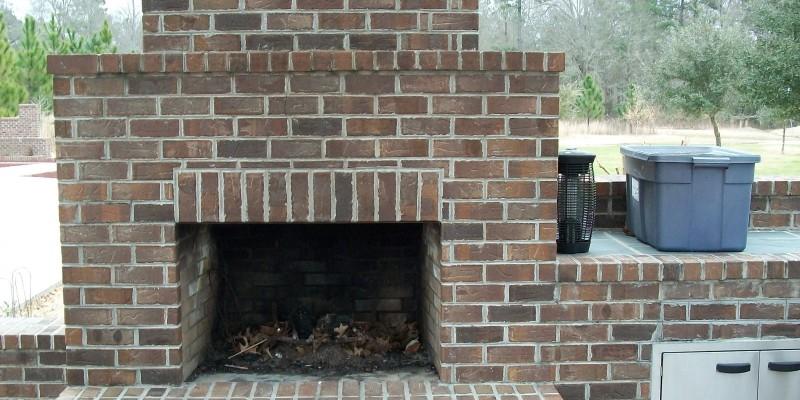Outdoor Living| Fireplace| Outdoor Kitchen| Custom Patio| Custom Brick Fireplace|Statesboro, Georgia| Thompson Pools