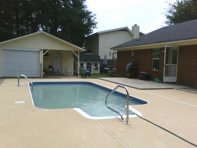 Vinyl Pool| Custom Pool Builder| Patio| Statesboro, GA | Thompson Pools